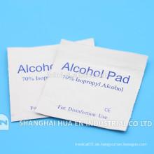 Heißer Verkauf steriler Alkoholtupfer, der für medizinisch durch Hersteller benutzt wird
