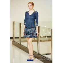 Digitaldruck Zip Front V-Ausschnitt Flare Ponte Kleid mit Dreiviertel-Ärmel