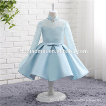 2017 Baby Mädchen Partei blau Kostüm Langarm höhere Kragen blaue Farbe Satin Hochzeitskleid für Blumenmädchen