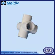 5 através da tubulação de água moldada plástica comum do PVC