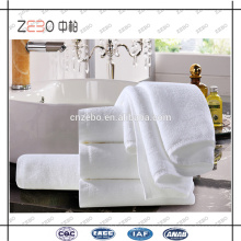 100% Cotton 32s Double Yarn Thickness Good Water Absorbent Hotel White Towels