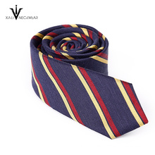 Venta caliente Último diseño impreso raya de negocios corbata
