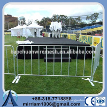 best service strong anti-rust hot dipped gal steel powder coated Crowed Control Barrier