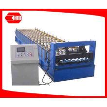 Machine de formage de rouleaux de feuille d'ondulation en toiture en aluminium (YX18-765-1040)