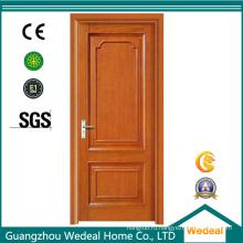 Композитная деревянная дверь с отделкой из различных пород дерева