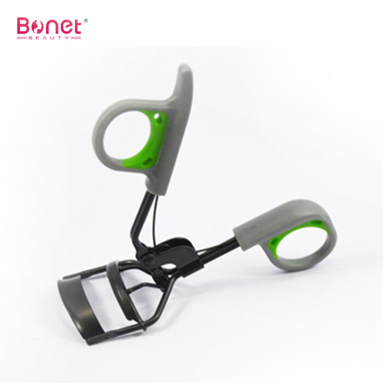 Black Eyelash Curler