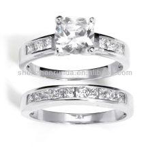2013 Nuevos Productos Silver Zirconia Cubic 2 piezas Ring Set Vners Supplies