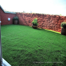 Wholesale PEMaterial 40mm green grass syntetic carpet with SGS