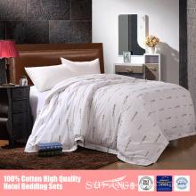 Símbolo personalizado 5 estrellas ropa de cama de hotel pima sábana de algodón conjunto para hoteles