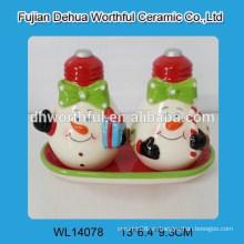 Cute muñeco de nieve diseño cerámica pimienta shakers set