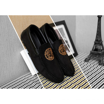 Black Suede Flat Men Shoes with Totem (DD 20)