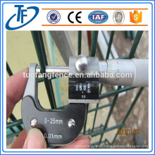American Standard Zinc Coated Welded Wire Mesh Fence (China Products)