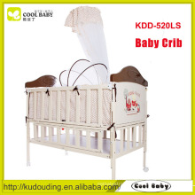 Manufacturer NEW Design Iron Crib for Baby, In Imitation of Wooden Baby Crib with Mosquito net Baby Bed Can be Extended