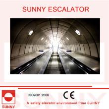 Escalera mecánica resistente con ranuras antideslizantes y cubierta interior sin tornillos, Sn-Es-D035