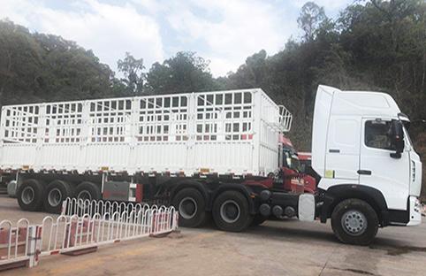 stake fence semi trailer