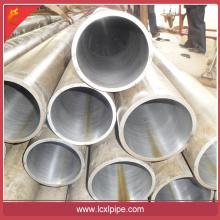 Tubo de acero sin costura de mejor precio Material St44 \ st52