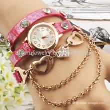 2015 Reloj de señora de cuero largo del vestido de los relojes del cuarzo de la muñeca de las mujeres del nuevo del rhinestone cristalino del reloj de la pulsera del abrigo de la manera BWL004