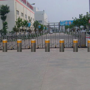 Traffic Bollard for Parking Security Solutions