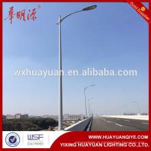 Poste de luz de rua de 10 metros com braço único