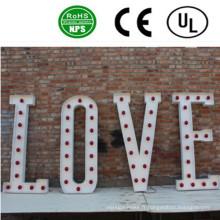 Signes de haute qualité LED Bulb Letter Decor Wedding