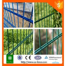2,0 m de hauteur protègent la clôture en maille à deux fils 868, double clôture