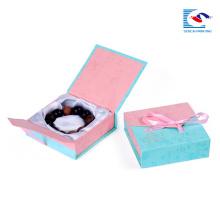 Boîtes de papier d'emballage de carton carré de luxe de papier d'emballage de Brown de luxe fait sur commande