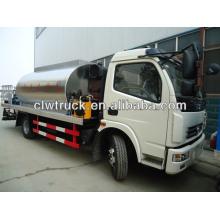 Asfalto camión de distribución