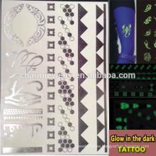 OEM Resplandor al por mayor en las marcas de fábrica oscuras de la manera del tatuaje etiqueta engomada luminosa de los tatuajes temporales del tatuaje para los adultos GLIS006