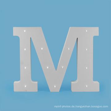 Großer MDF LED Buchstabe für Feiertags-Dekoration