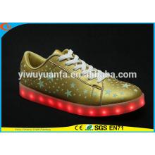 2016 Los zapatos ligeros populares populares de la zapatilla de deporte que destella de la calidad caliente se encienden para el regalo de la Navidad