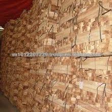 Bois scié au bois en caoutchouc