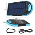 Carregador solar móvel do banco impermeável das energias solares