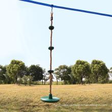 Columpio de árbol de cuerda para trepar en el patio trasero con plataforma