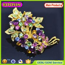 ¡Estilo europeo! Broche de flor de metal con diamantes de imitación plateado