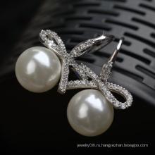Оптовые роскошные ювелирные изделия Китайские драгоценные камни ценят циркон и жемчужную серьгу
