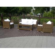 Conjunto de sofá de vime ao ar livre