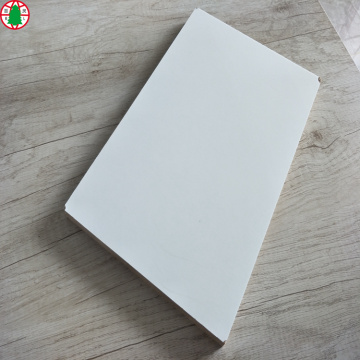 Tablero de MDF de 18 mm de alto brillo con pintura UV