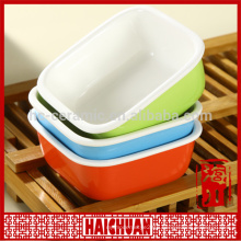 Ceramic round red bake ware with silicone lid Lunch box locker bowl Japanese noodle bowl