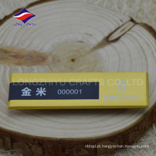 Novos emblemas de nome de ouro do ímã do negócio de design, fabricados na China