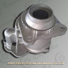 Моторы автозапуска приводят в действие торцевую крышку корпуса алюминиевого литья