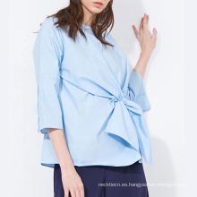 Blusa delantera casual con pajarita de color liso