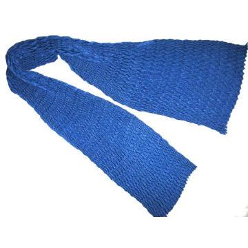 Lenço fino de lã V plissado