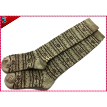 Women Stripe Style Polyester Knee Socks