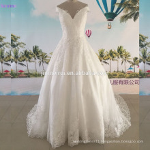 Ball Gown Wedding Dresses V Neck With Straps High Quality Tulle Lace Applique Bridal Gown