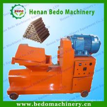Usado extensamente máquina expulsando do carvão amassado da serragem do parafuso