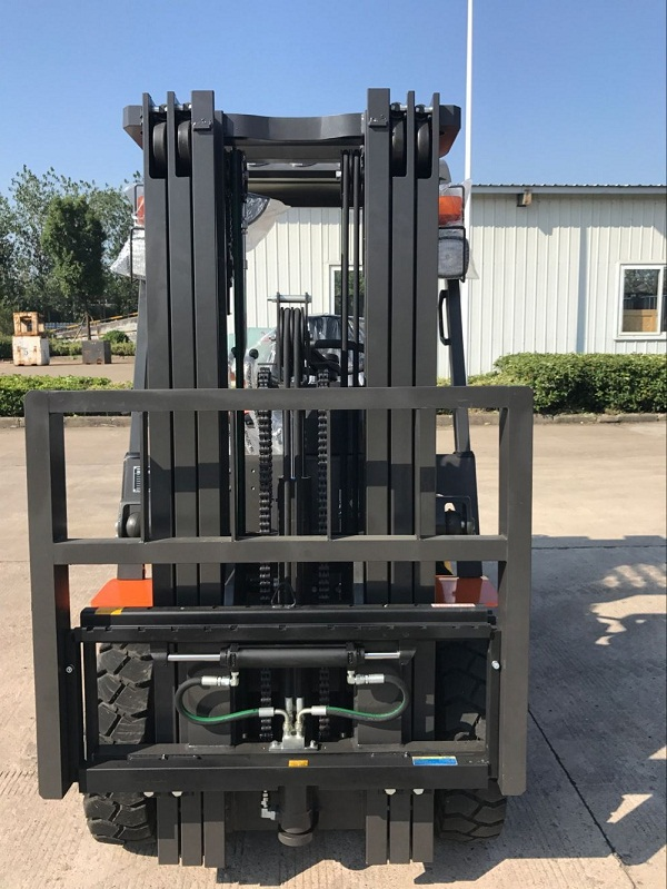 2.5 ton lpg gas forklift to Mexico from sheri (6)