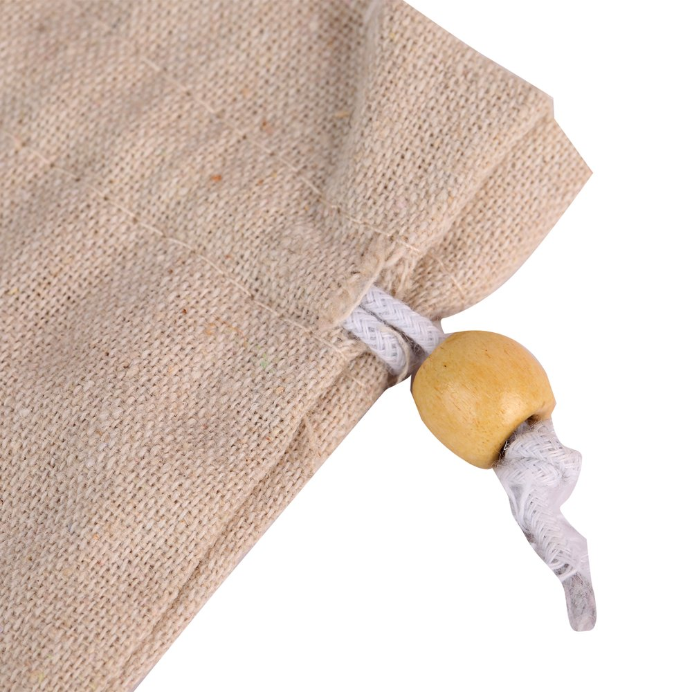 White linen darwstring pouch with ball