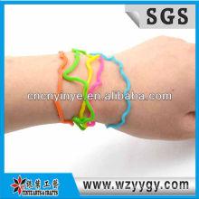 Novas pulseiras de silicone coloridas para as crianças, pulseira de silicone barato de envoltório