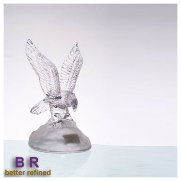 Crystal Energetic Eagle As Glass Table Decoration
