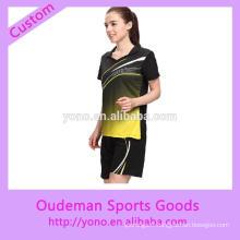 Les femmes de conception de mode badminton personnalisé portent au prix d'usine